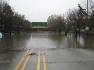 Schiller Parkway Underpass